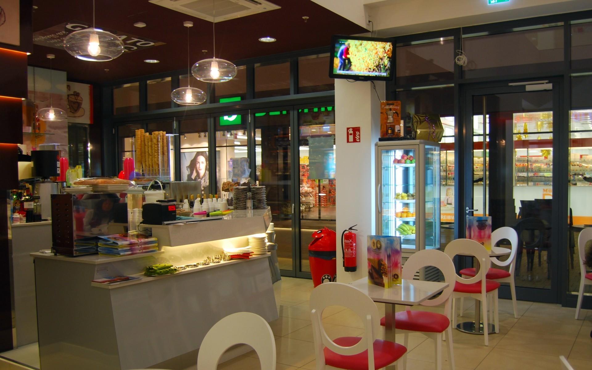 bar gelateria eis party gelato - emmelle arredamenti - Arredamento Interni Gelateria