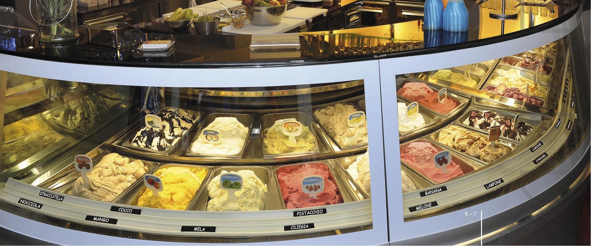 Realizzazione di vetrina espositiva per gelato con modulo Linea Kuadra