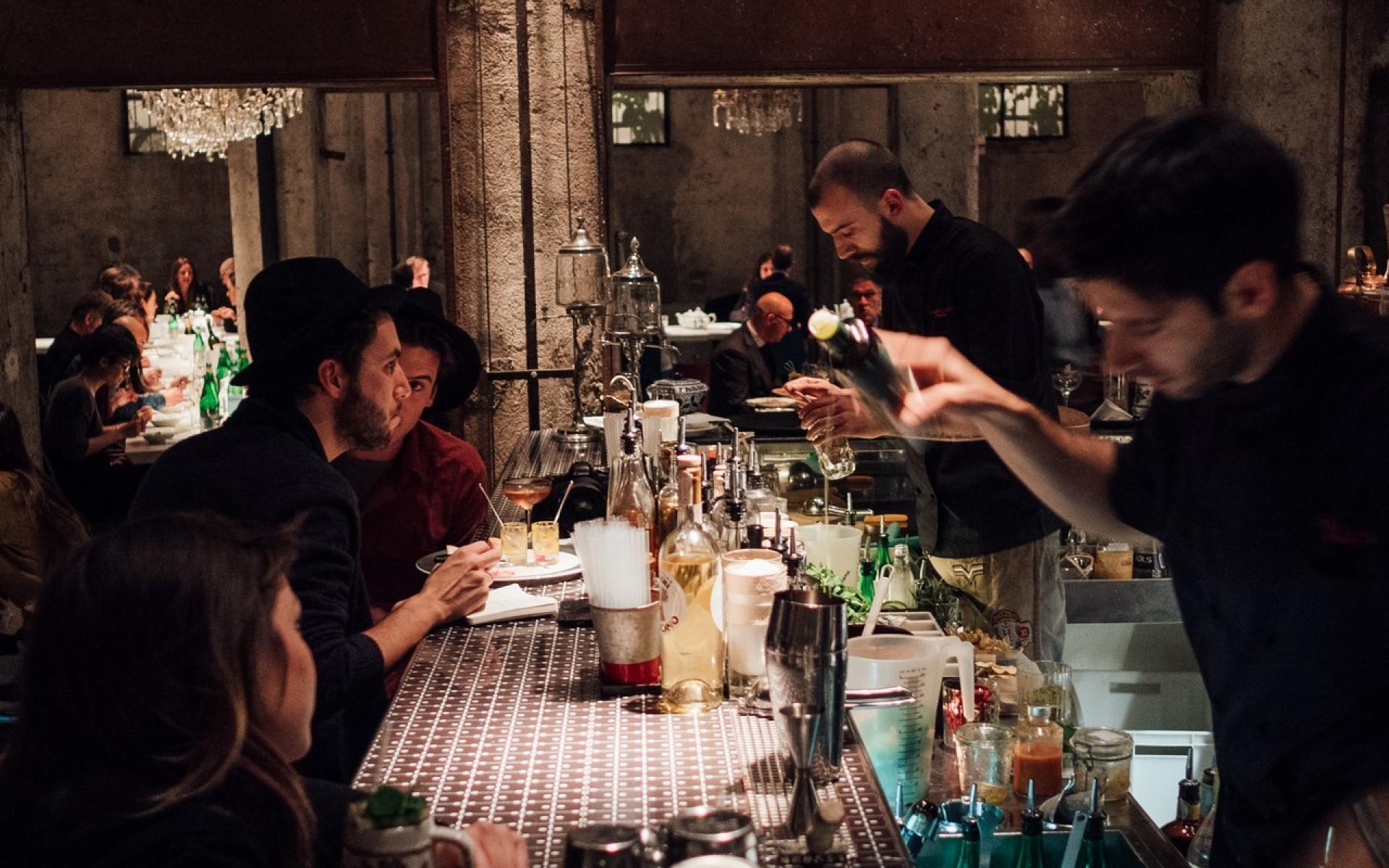 Bar ristorante cracco milano emmelle arredamenti for Segheria carlo cracco