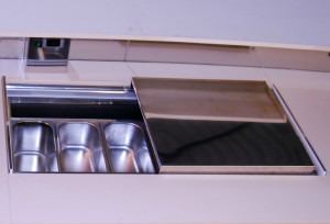 vetrina gelato da banco gelateria